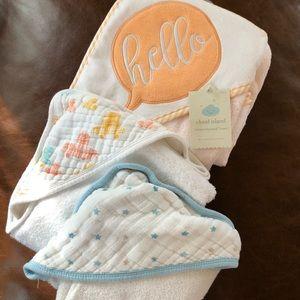 Bundle of 3 Hooded Infant Towels